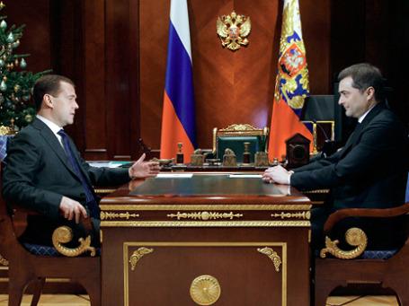 Суркова сделали «крайним» за неумелую реакцию Кремля на митинги. Теперь он будет под руководством Медведева курировать инновации в правительстве. Фото: РИА Новости