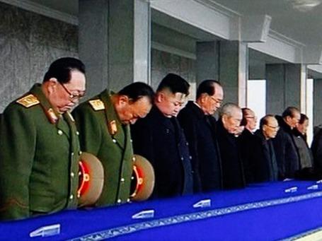Руководство КНДР на церемонии прощания с Ким Чен Иром. Фото: AP
