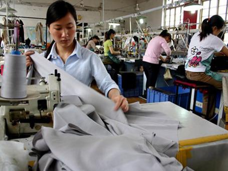 Текстильное производство в Китае перестает быть выгодным. Фото: AP