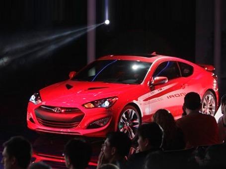Hyundai Genesis на выставке American International Auto Show -2012 в Детройте. Фото: AP