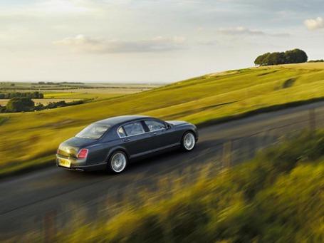 Bentley Continental Flying Spur Speed занимает шестую строчку рейтинга самых дорогих седанов России. Фото: bentleymotors.com