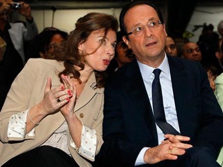 «Нормальный человек» Франсуа Олланд с «нормальной» подругой Валери Триервейлер бросил вызов яркой чете Саркози-Бруни. Фото: AP