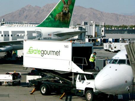 Ежегодно компания Gate Gourmet поставляет 300 млн порций еды 270 различным авикомпаниям. Фото: purpletwinkie/flickr.com