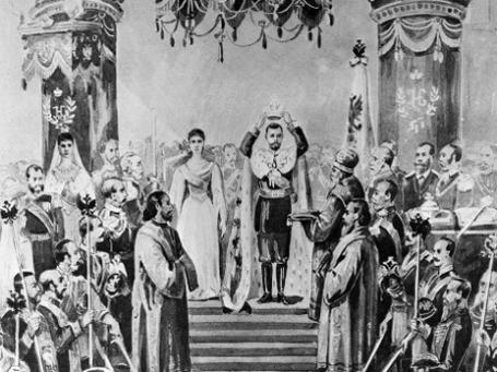 Последняя коронация в истории России состоялась 14 (26 мая) 1896 года. Николай II к тому времени царствовал уже 19 месяцев. Репродукция рисунка «Его Императорское Величество возлагает на главу свою корону» из альбома «Торжества священного коронования Их Императорских Величеств». Иллюстрация: РИА Новости