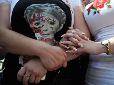 Сторонники Юлии Тимошенко разбили палаточный городок в центре Киева. Фото: AP