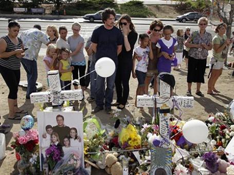 Актер Кристиан Бейл с супругой посетили Аврору. Фото: АР
