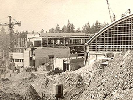 В 60-е годы началось строительство Института физики высоких энергий, самого большого в мире на тот момент ускорителя заряженных частиц, а вместе с ними и наукограда Протвино. На биеннале в Венеции Россия представит фотоисторию своих наукоградов Фото: protvino.ru