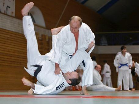 Владимир Путин, обладатель черного пояса, — почетный президент Международной федерации дзюдо. Фото: РИА Новости