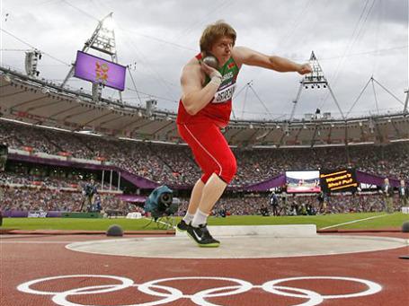 С потерей медали Остапчук Белоруссия осталась без единой награды в легкой атлетике на лондонских Играх. Фото: АР