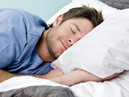 От 7 до 9 часов в сутки удается спать двум третям работающих американцев. Фото: PhotoXPress