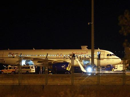 Пассажирский самолет Аirbus А320 Сирийских авиалиний в Анкаре. Фото: ИТАР-ТАСС