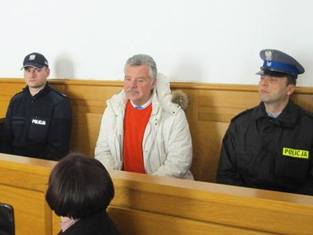 Александр Игнатенко (в центре) в зале заседаний суда города Новый Сонч, Польша. Фото: РИА Новости