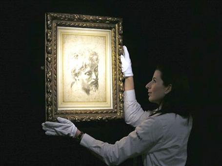 Рисунок «Голова молодого апостола» Рафаэля Санти. Фото: АР