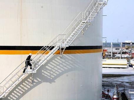 Рабочий компании «Роснефть» в городе Усинск, республика Коми.Фото: rosneft.ru