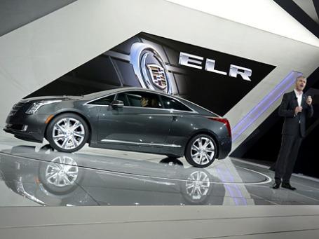Шеф-дизайнер Cadillac Марк Адамс на презентации Cadillac ELR на автошоу в Детройте 2013. Фото: ИТАР-ТАСС