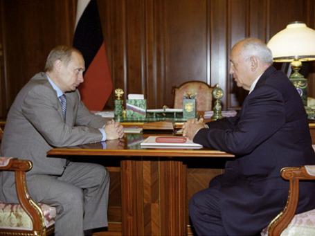 Горбачев об отношениях с Путиным: «Да, вы знаете, что я его очень активно поддерживал, когда он дежурил первый срок. Но потом у нас как-то расстроились отношения». Фото: РИА Новости