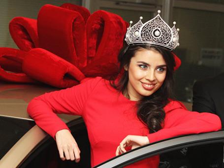 Мисс Россия –2013 Эльмира Абдразакова. Фото: РИА Новости