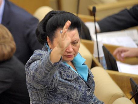 Член комитета ГД по бюджету и налогам, член комиссии ГД по вопросам депутатской этики Раиса Кармазина. Фото: РИА Новости