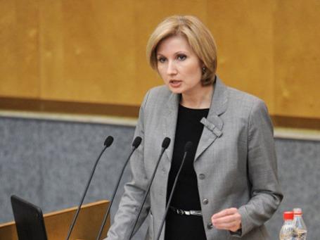Первый заместитель председателя комитета ГД по вопросам семьи, женщин и детей Ольга Баталина . Фото: РИА Новости
