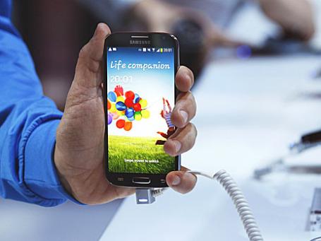 Samsung  Galaxy S4. Фото: Reuters