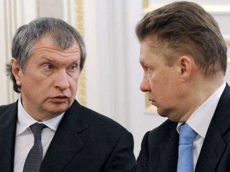 Президент компании «Роснефть» Игорь Сечин и председатель правления ОАО «Газпром» Алексей Миллер (слева направо). Фото: РИА Новости