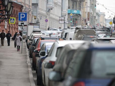 Автомобили на московских дорогах. Фото: Григорий Собченко/BFM.ru