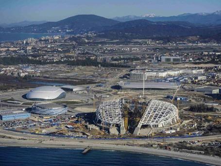 Строительство Олимпийских объектов в Сочи. Фото: Reuters