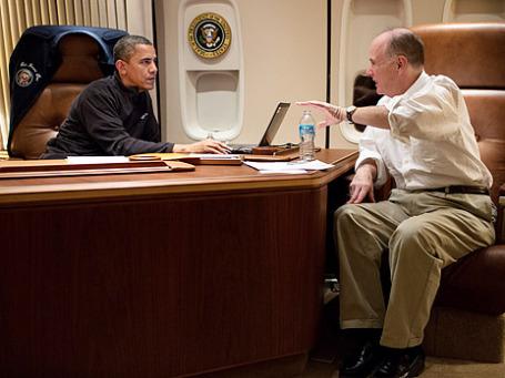 Президент США Барак Обама и его советник Тамас Донилон. Фото: The White House/flickr.com