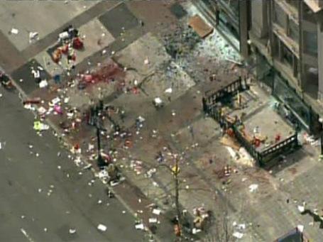 Территория где прогремели два взрыва. Фото: Reuters