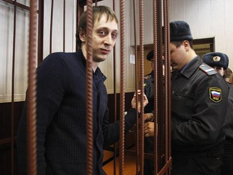 Солист Большого театра Павел Дмитриченко в зале Таганского районного суда. Фото: Reuters