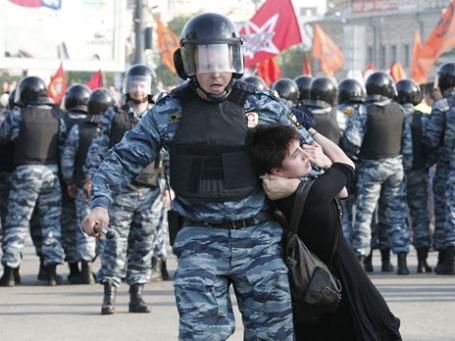 Беспорядки на Болотной площади 6 мая. Фото: Reuters