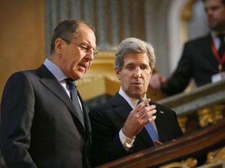 Госсекретарь США Джон Керри (справа) и министр иностранных дел РФ Сергей Лавров. Фото: Reuters