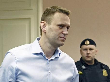 Блогер Алексей Навальный в Ленинском районном суде города Кирова. Фото: Reuters