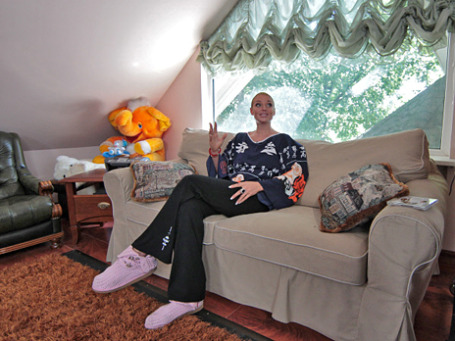 Балерина Анастасия Волочкова в своем доме. Фото: РИА Новости