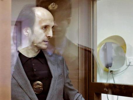 Юсуп Темерханов, обвиняемый в убийстве бывшего полковника Юрия Буданова, в зале заседаний Мосгорсуда. Фото: РИА Новости