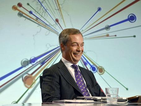 Лидер партии независимости Великобритании Найджел Фарадж во время съемок программы «BBC Vote 2013» в Лондоне. Фото: Reuters