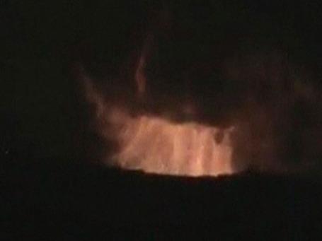 Дым от взрыва здания научно-исследовательского центра в Дамаске. Сирийские власти заявили, что авиаудар был нанесен Израилем. Фото: Reuters
