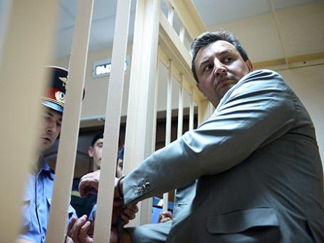 Председатель правления КБ «Росбанк» Владимир Голубков во время рассмотрения ходатайства следствия о его аресте в Пресненском суде Москвы. Фото: РИА Новости