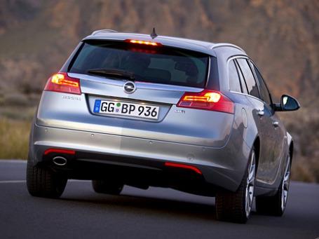 Opel Insignia Sports Touarer. Фото: opel.com