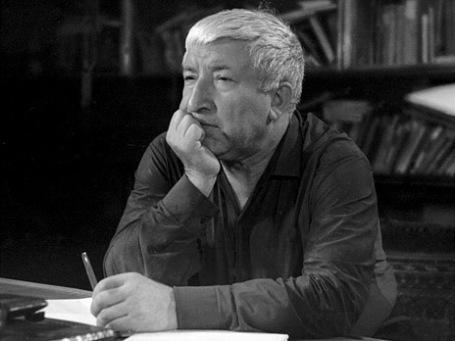 Народный поэт Дагестана Расул Гамзатов. Фото: РИА Новости