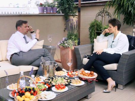 Руководитель M2M Private банка Олег Сафонов и Кира Альтман (слева направо). Фото: BFM.ru