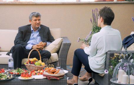 Александр Малис Президент компании «Евросеть» и Кира Альтман (слева направо). Фото: BFM.ru