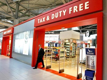 Зона беспошлинной торговли Duty Free в аэропорту «Шереметьево». Фото: РИА Новости