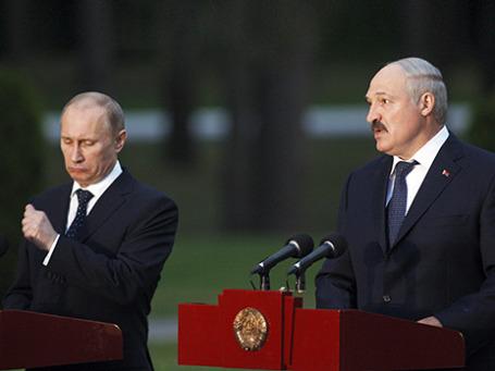 Президент РФ Владимир Путин и президент Республики Беларусь Александр Лукашенко (слева направо) Фото: Reuters