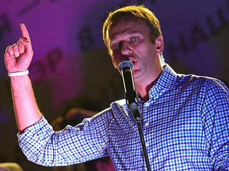 Кандидат на пост мэра Москвы Алексей Навальный во время митинга на Болотной площади. Фото: ИТАР-ТАСС
