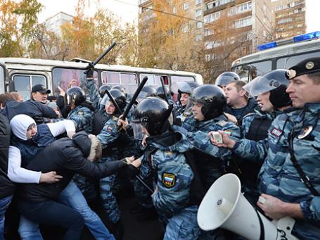 Беспорядки в московском районе Бирюлево. Фото: РИА Новости
