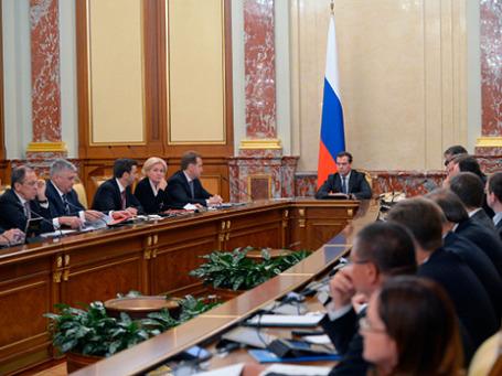 Председатель правительства России Дмитрий Медведев во время заседания правительства РФ. Фото: РИА Новости