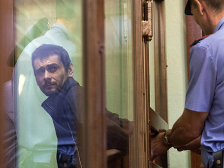 Сергей Помазун в Белгородском областном суде 22 августа 2013 года. Фото: РИА Новости