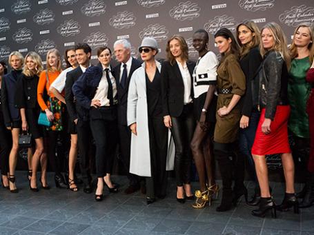 Гости на торжественном гала-вечере, посвященном 50-летию календаря Pirelli в Милане. Фото: Леонид Фаерберг.