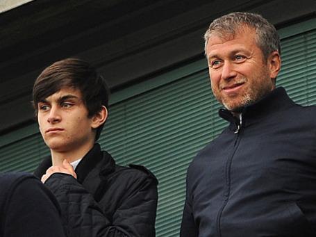 Бизнесмен Роман Абрамович и его сын Аркадий. Фото: ИТАР-ТАСС